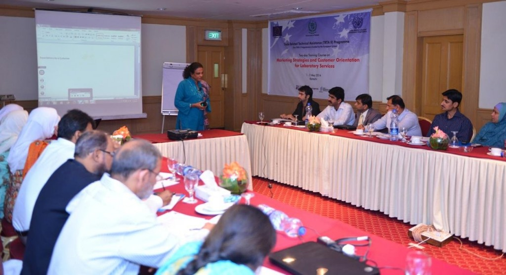 Dr. Nirmala Pieris emphasizing the need for Customer Relations Management for laboratory services during the training in Karachi