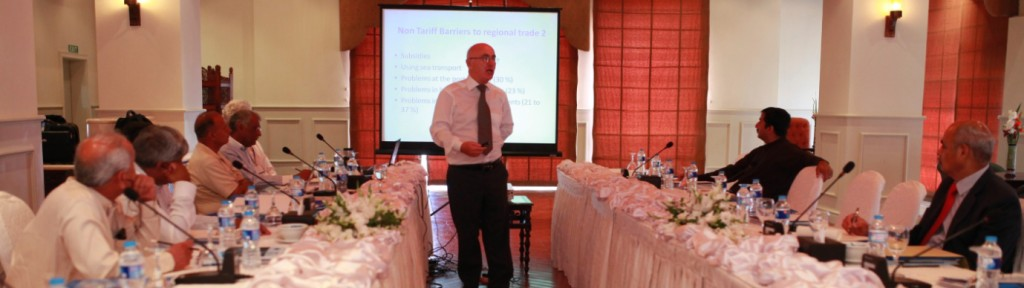 Mr. Jan Tomczyk discussing the challenges of regional trade facilitation with participants in Karachi